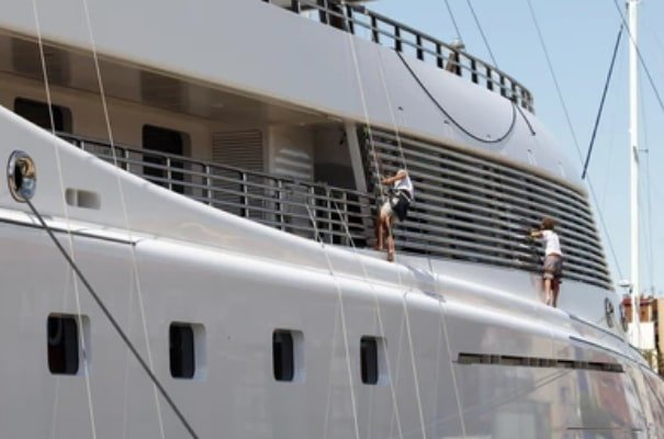 Boat Cleaning and Maintenance Miami Florida